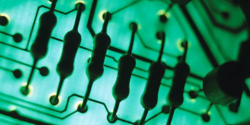 A Noninvasive Quantum Thermometer
